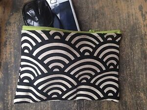 18-x-11-cm-Retro-Scalloped-Black-amp-Cream-Sunglasses-Pouch-Cotton-Coin-purse