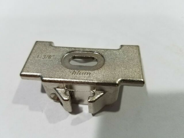 """100 BLUM 1-3//8/"""" Overlay Face Mounting Plate 133.024 for Compact 33 Hinge"""