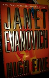 High-Five-by-Janet-Evanovich-HARDBACK-1st-edition-0312203039