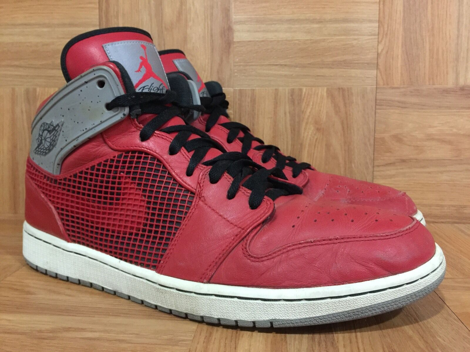 RARE� Nike Air Jordan 1 Retro '89 TORO Bravo Fire Red Cement Gray 13 599873-602