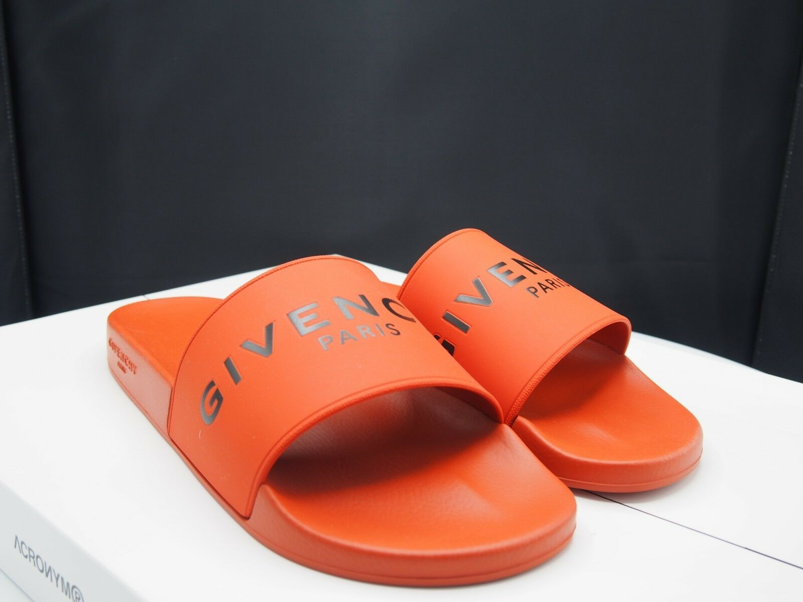 GIVENCHY Men's Slides Dark arancia Retail  295 Men's Dimensione 13 US