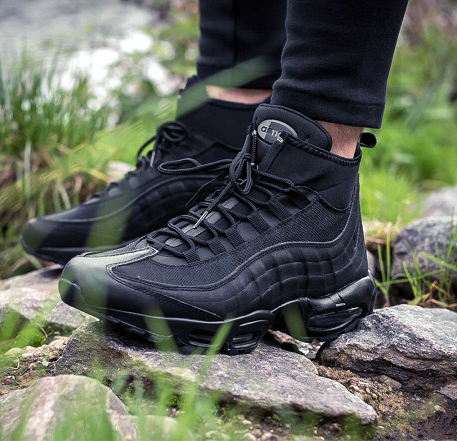 """the best attitude e94f1 09dfb NIKE AIR MAX 95 Turnschuhetiefel """"TRIPLE schwarz"""" COLD WEATHER WEATHER  WEATHER RUNNING schuhe 806809-1 8 67ab0d"""