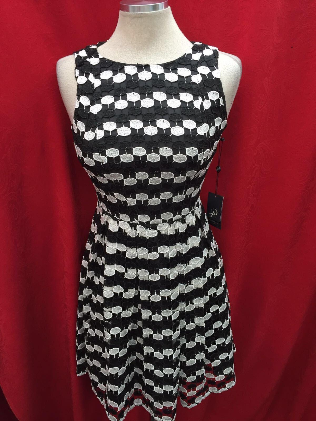 Adrianna Papell Kleid   Größe12   Neu mit Etikett   Länge 39  Gefüttert