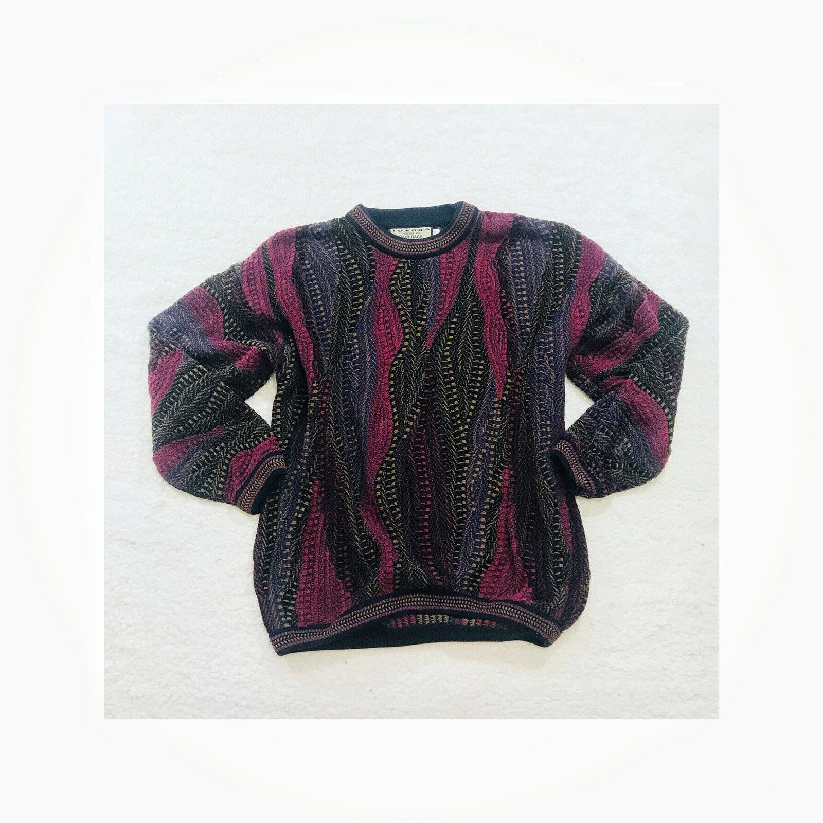 Tundra for Bachrach Mens Vintage Extra Large Coogi Style Sweater Purple Printed