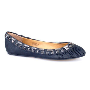 WOMAN-SHOES-DESIGNER-BLACK-LEATHER-FLATS-BALLET-PLEATED-TOE-STUDS