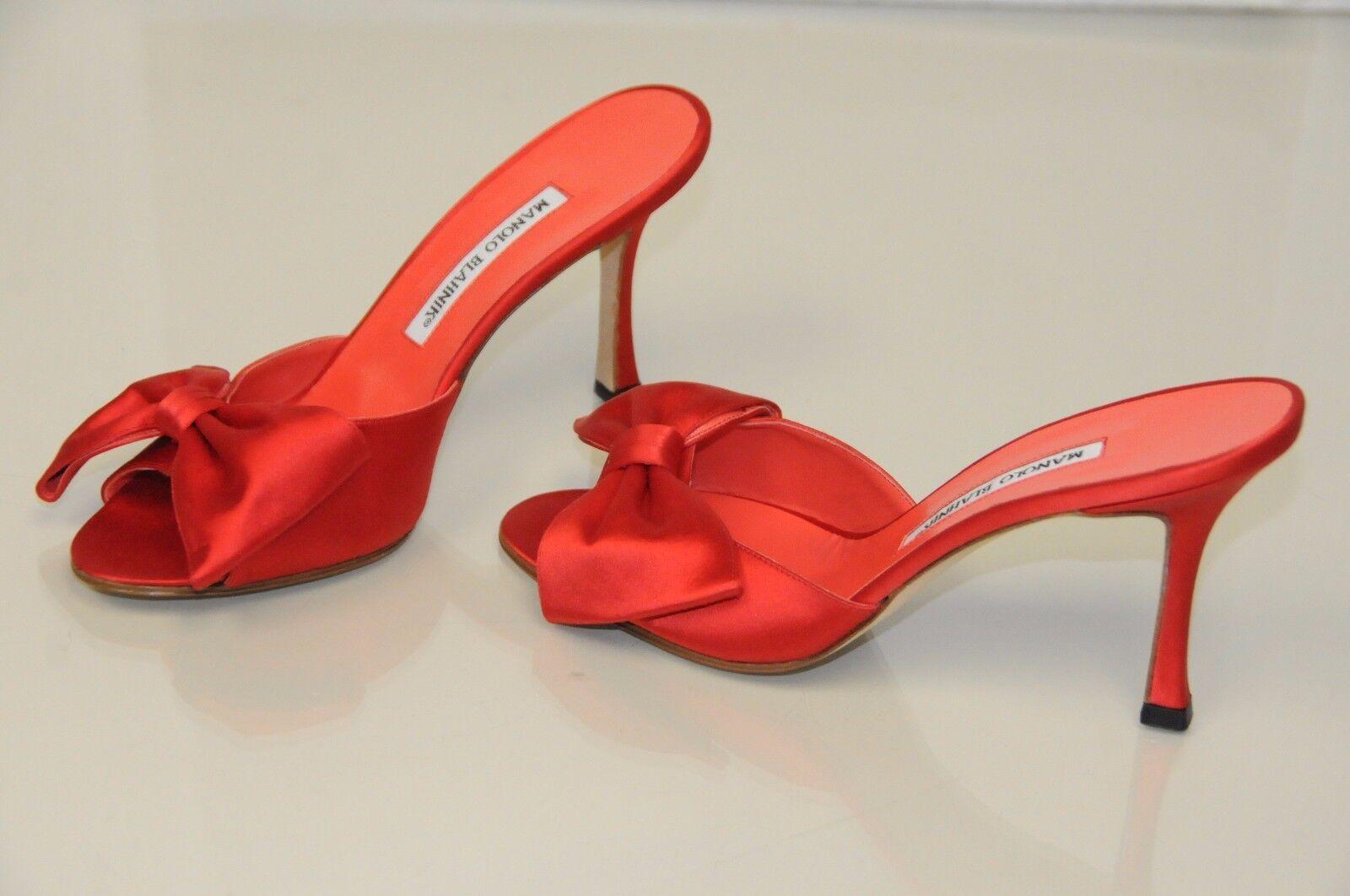 Sconto del 70% a buon mercato    775 New MANOLO BLAHNIK CLAUSA BOW lipstick rosso SATIN  SLIDES scarpe Heels 38  in vendita