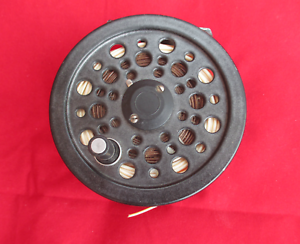 Vintage-Shakespeare-Company-Glider-Salmon-Trout-Fly-Fishing-Reel-With-Line