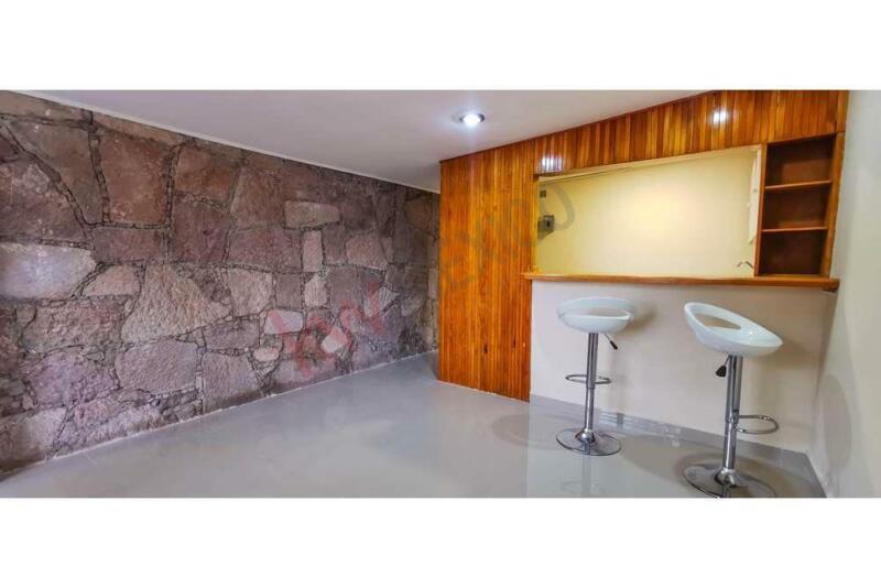 Renta Departamento remodelado en Bosques de La Herradura 60m2 1 habitación, 1 baño, cocina integr...