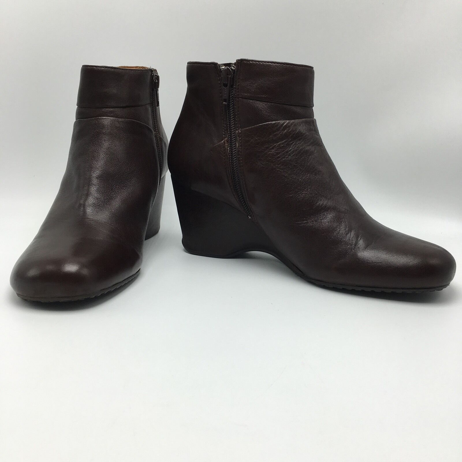 Gentle Souls Rider Ankle Boot Brown Glove Leather Side Zip Wedge Womens Size 9