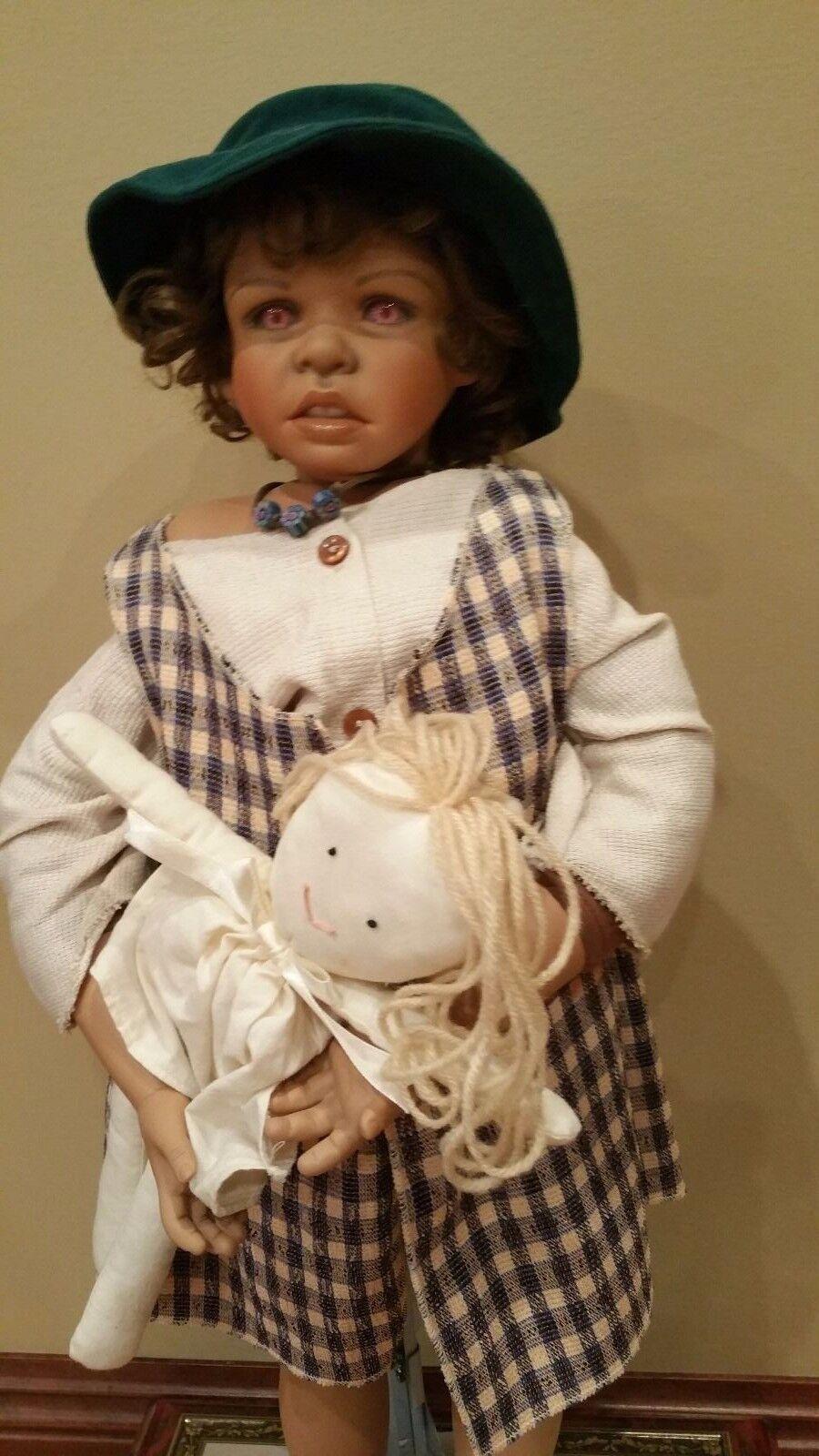 Kaye Wiggs 26   Doll with stuffed doll 1997 189 3000