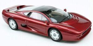 TOP-MARQUES-039E-JAGUAR-XJ220-resin-model-road-car-metallic-red-body-1992-1-18th