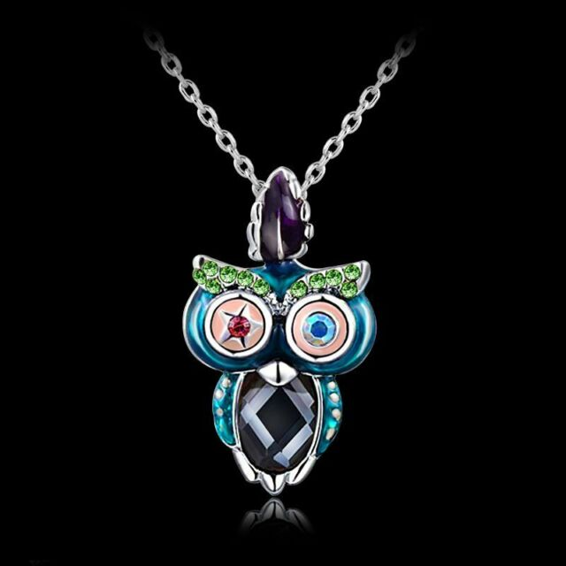 Women Fashion Retro Crystal Rhinestone Owl Pendant Necklace Funny Jewelry Gifts