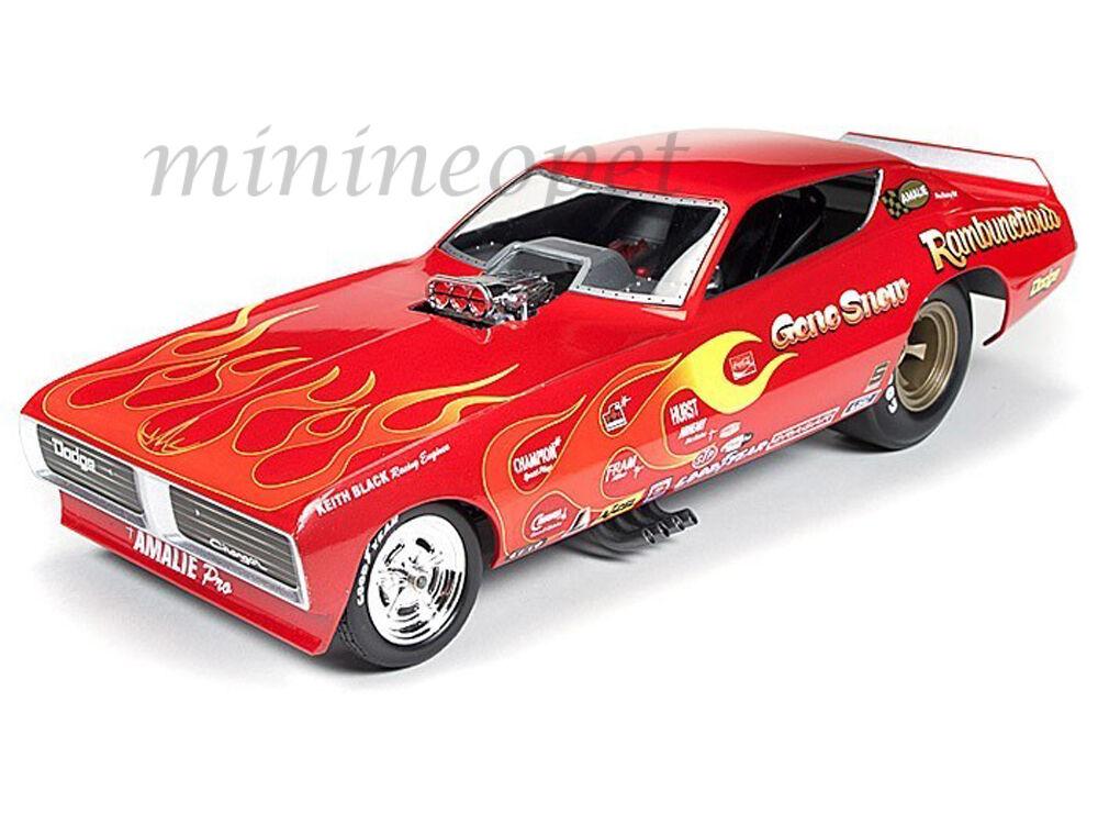 Autoworld AW1118 1971 Gene neige désopilant Dodge Chargeur National Hot Rod Association Drôle Voiture 1 18
