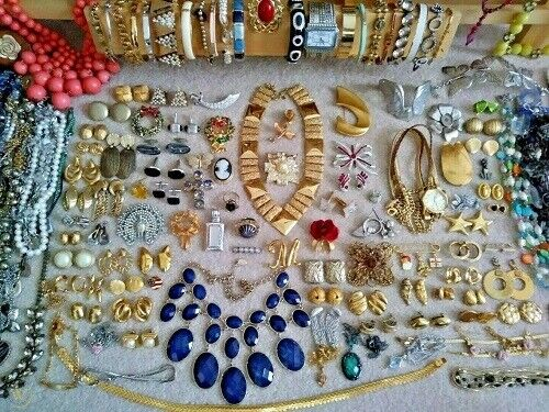 8 lbs Costume Jewelry Lot Vintage Modern Necklaces Bracelets Mix Wearable