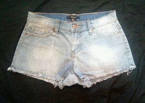 Forever-21-Womens-Distressed-Faded-Blue-Denim-Shorts-Size-25