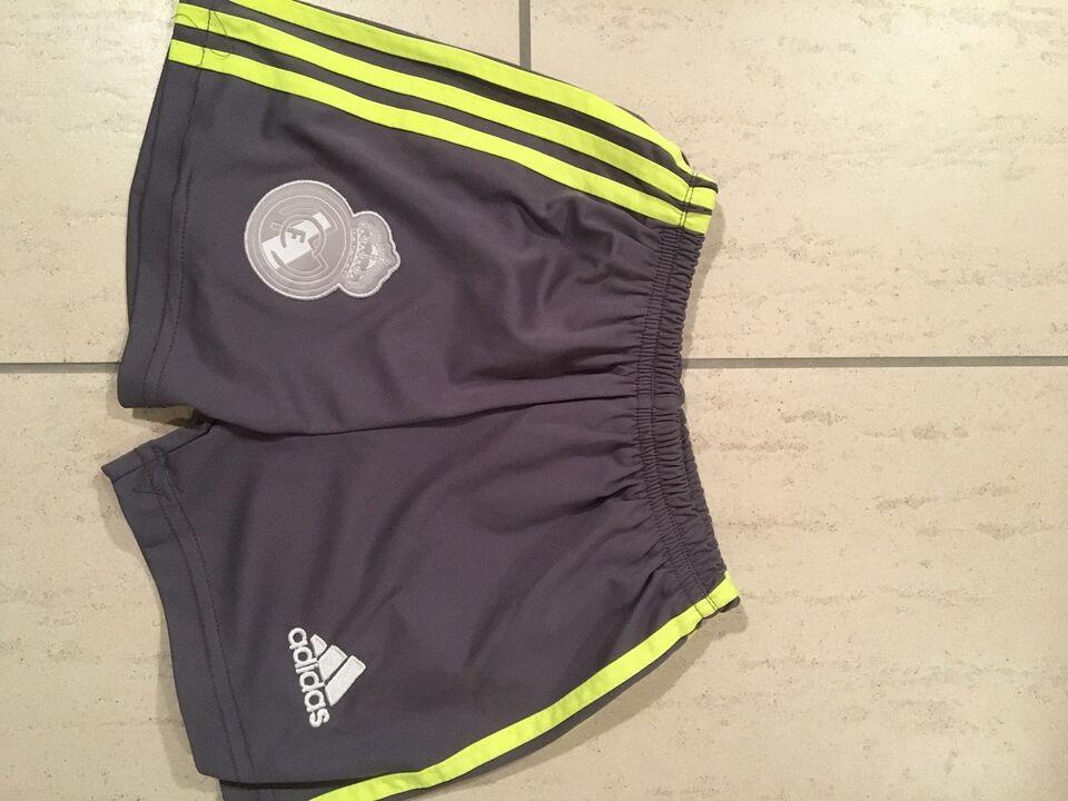 bc6a02f7437a Sportstøj