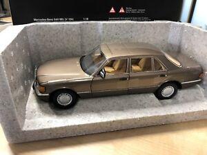 Mercedes-Benz-560-SEL-V-126-1985-1991-1-18-Modell-Norev-B66040646