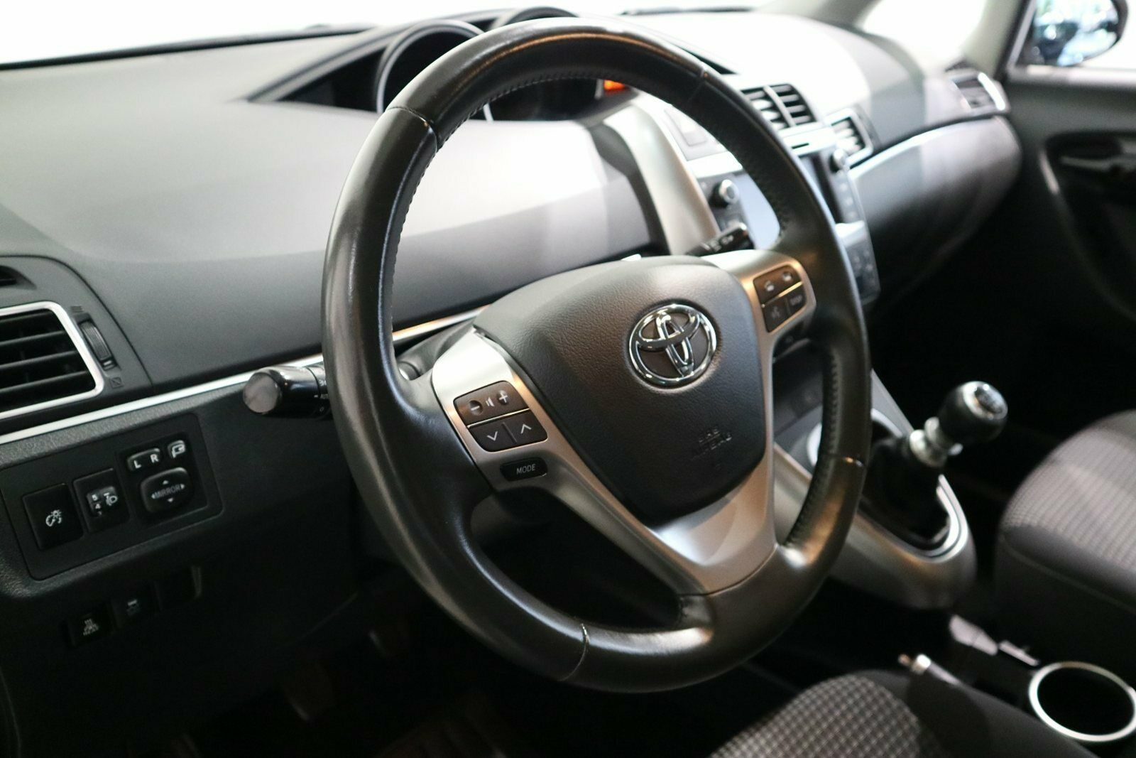 Toyota Verso 1,6 D-4D T2 Touch 7prs - billede 4