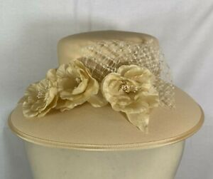 Women's Eastex Buff/Cream/Neutral  Floral Net Occasion Hat Wedding Fascinator