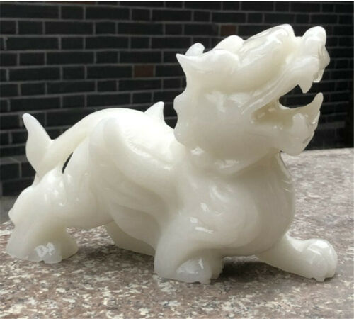 China/'s natural White Jade pi xiu Fengshui Ornaments Sculpture