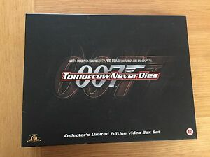 007-tomorrow-never-dies-collectors-limited-edition-video-box-set