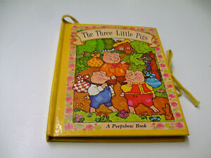 THE-THREE-LITTLE-PIGS-A-Peepshow-Book