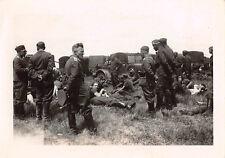 Rast deutsche Soldaten am Flugplatz Saint - Omer  Frankreich