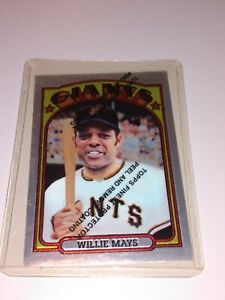 Willie Mays 1972 Topps Chrome Refractor with Protective Coating Topps 1996 RP