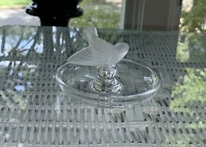 LALIQUE-Crystal-Frosted-Sparrow-Ring-Holder-Trinket-Dish-Signed-Lalique-France