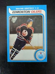 1979 Topps Hockey Wayne Gretzky ROOKIE RC #18 MINT untouched for 40+ years !!