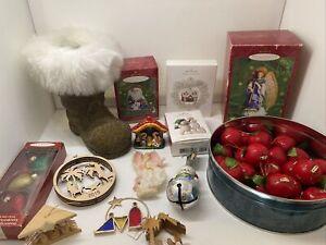 17-Piece-Mixed-Lot-Christmas-Ornaments-Hallmark-OWC-Nativity-Apples-Boot