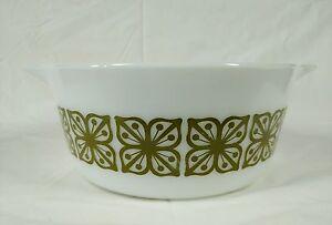 Vintage Pyrex 2 1/2 Qt Round Casserole Dish 475-B Verde Square Flowers