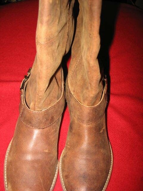 STEVE MADDEN, WOMEN'S BOOTS, SIZE  9.5, COLOR  OILED TANNED LEATHER, NEW, VALUE