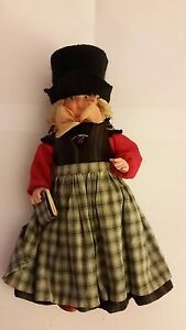VINTAGE-TURTLE-MARK-CELLULOID-DOLL-girl-with-top-hat-carrying-book