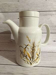 Vintage-Coffee-Pot-BARRATTS-Of-STAFFORDSHIRE-Pottery-Barleycorn-Retro-8-Inch