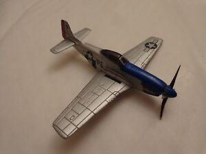 CORGI NOSE ART - P-51 MUSTANG WW2 'CRIPES A MIGHTY' - DIECAST PLANE