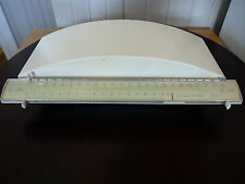 Vintage Kitchen Tara De Luxe Scale made in Yugoslavia 22 Lbs Max. ¼ once Min.