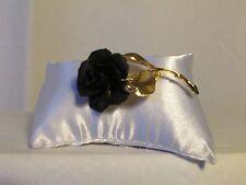 broche vintage rose noire et métal doré CERRITO