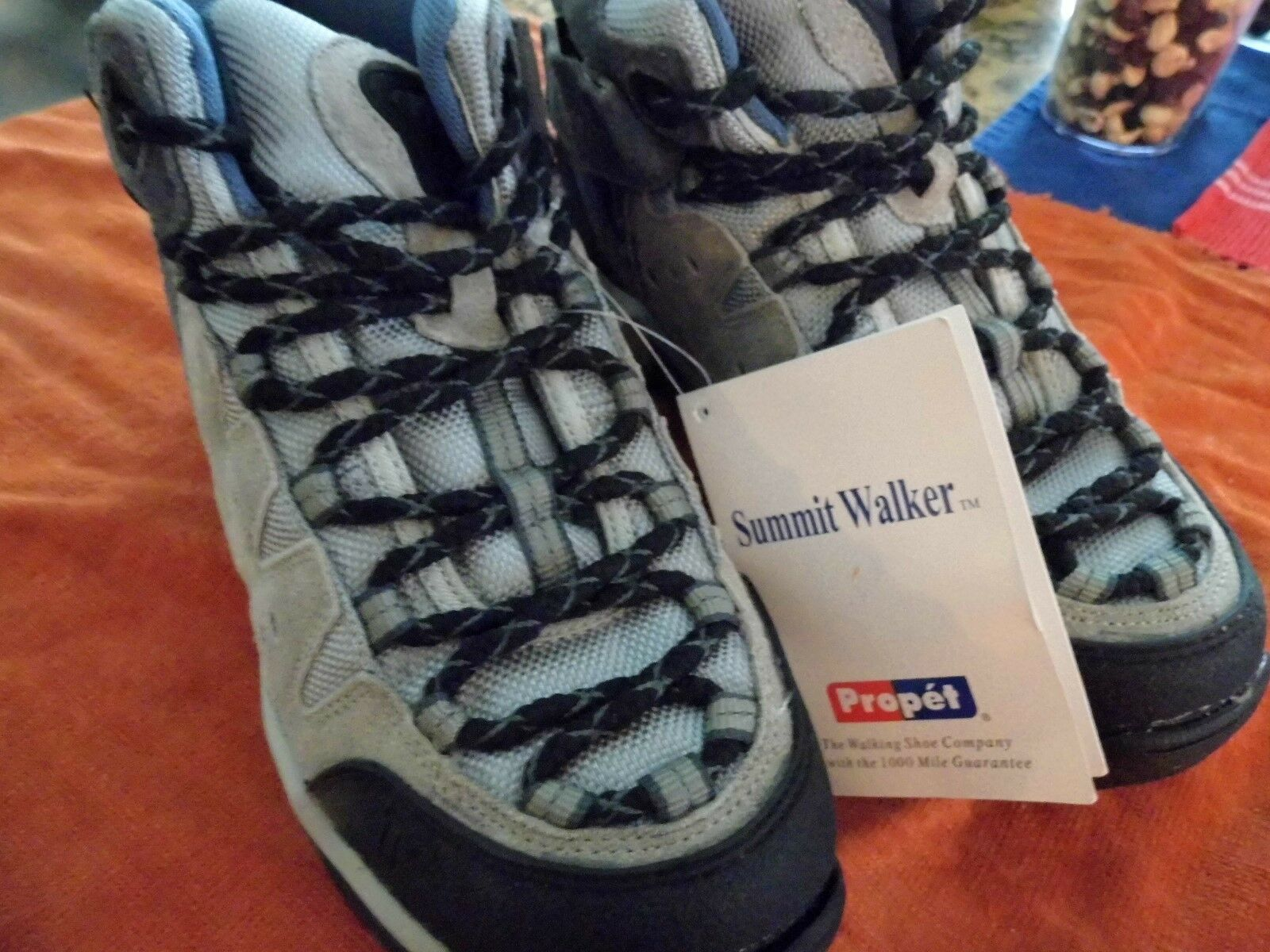 New Suede Propet Summit Walking Hiking shoes - Size 6