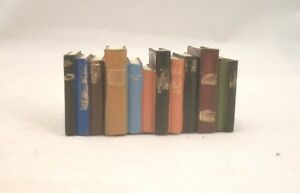 Stack-of-Books-Resin-4061-dollhouse-miniature-1-12-034-scale-Houseworks