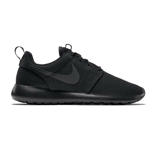 Nike Roshe One All Black Mens Size 8 SNEAKERS 511881 026