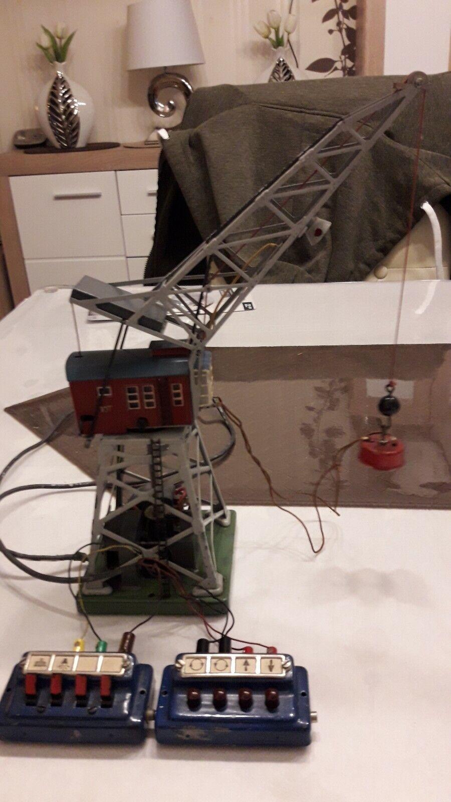 Märklin  1 Kran 451 elektrischer Drehkran Drehkran Drehkran 50er Jahre gebraucht mit Schaltpulte  | Lassen Sie unsere Produkte in die Welt gehen  2a2634