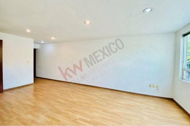 Venta Cálido e Iluminado Departamento en José María Vigil en Colonia Escandón $3,190,00...