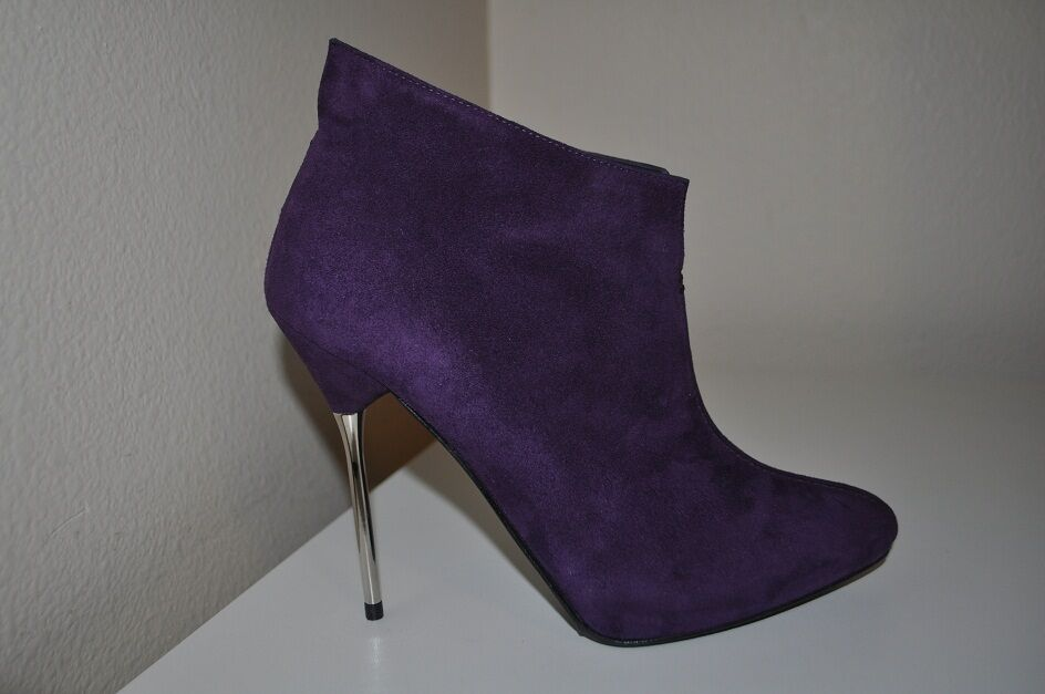 NIB  450+ Stuart Weitzman Middle Sz 7.5 Purple Suede Fashion Ankle Boots Booties