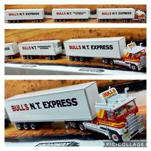 HIGHWAY-REPLICAS-BULLS-NT-EXPRESS-FREIGHT-ROAD-TRAIN-TRUCK-TRAILER-amp-DOLLY-1-64