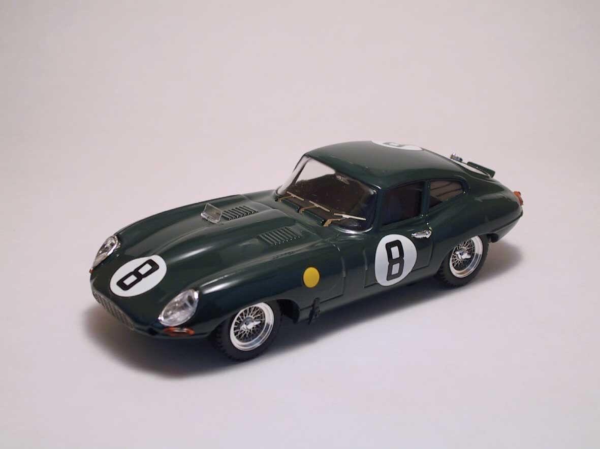 Jaguar E  8 Dnf Le Mans 1962 M. Charles / J. Coundley 1:43 Model BEST MODELS