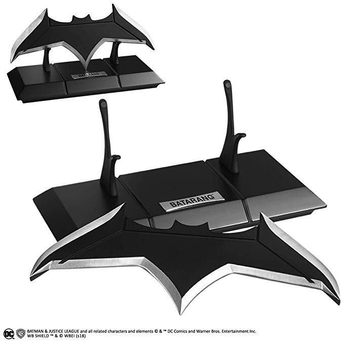 DC Justice League The Movie Batman Metal Batarang and DisJugar Noble Collection