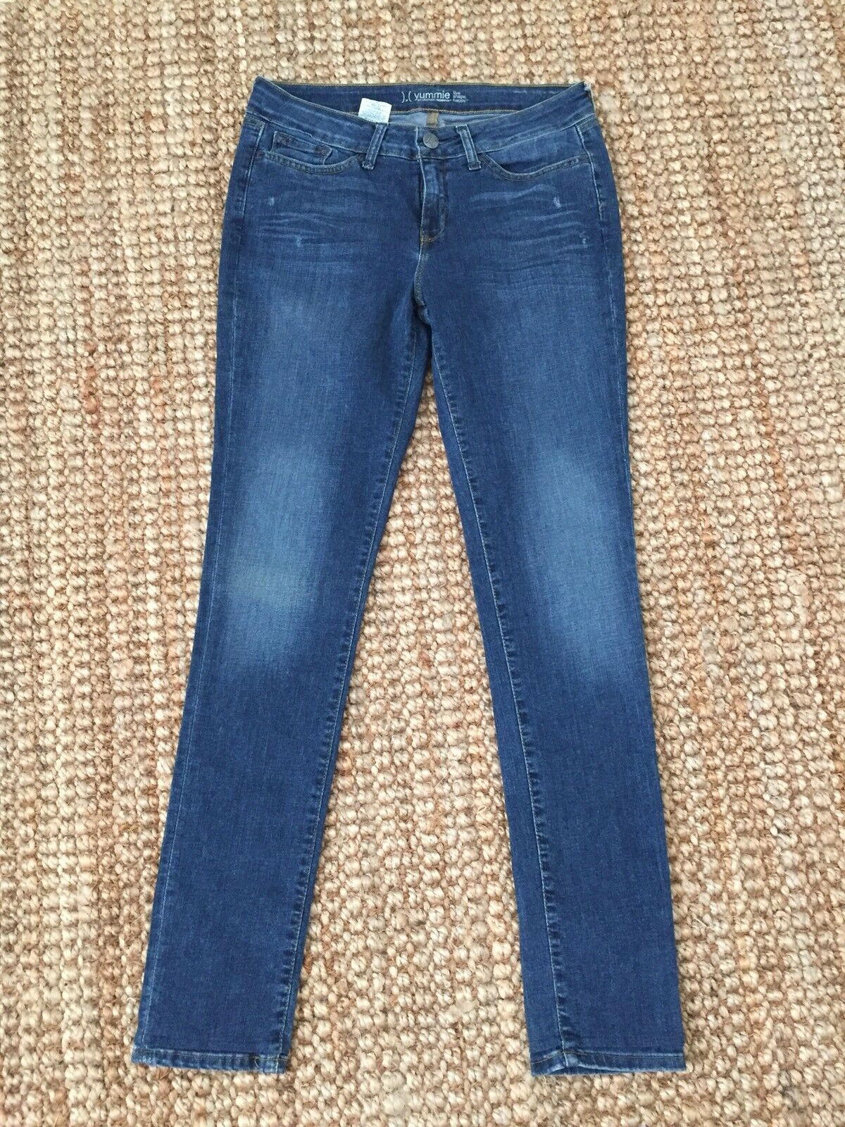 Yummie by Heather Thomson Medium Wash Mid Rise Shaping Skinny Jeans Sz 30