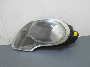 2004-02-03-04-Porsche-Boxster-S-Right-Passenger-Head-Light-0091