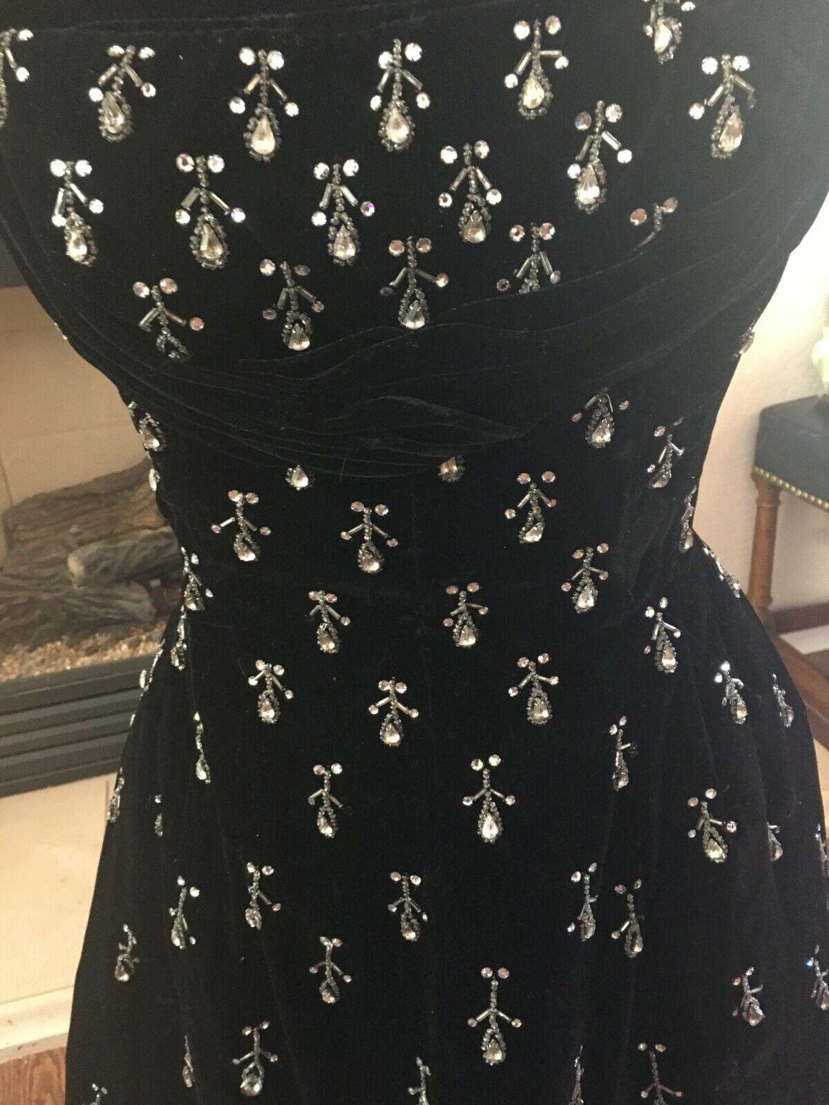Vintage black velvet Ceil Chapman evening dress - image 6